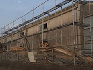 解体作業:木材加工会社